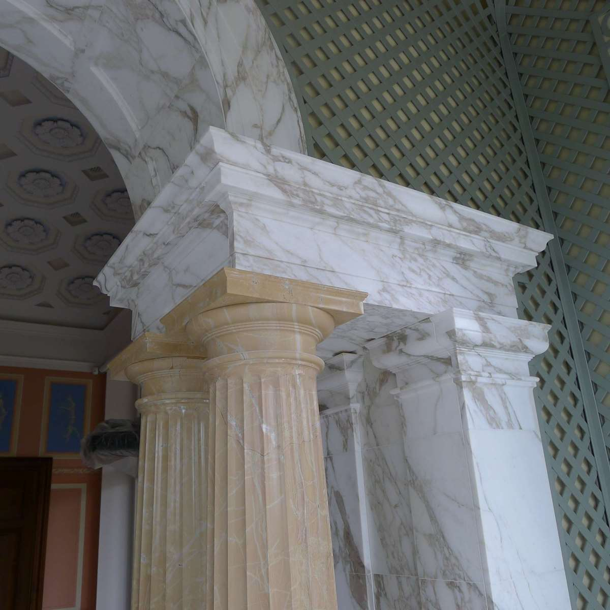 COLUMNS OF NATURAL STONE