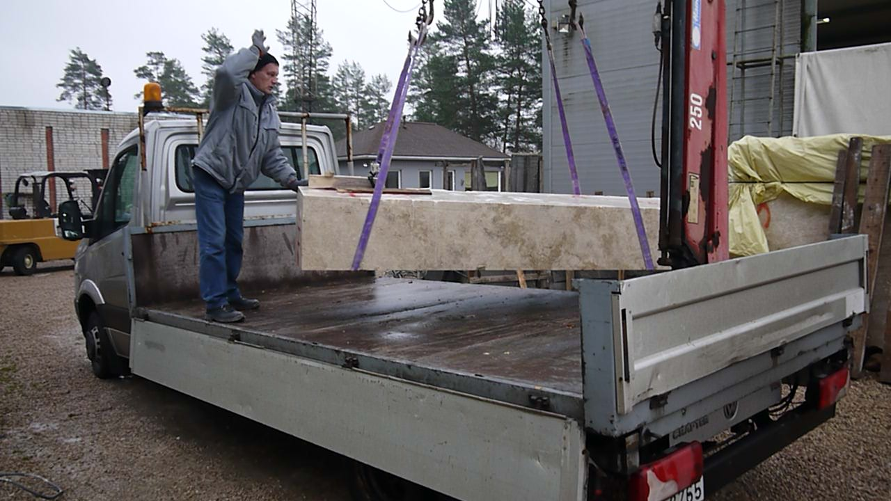 TRANSPORTATION OF MARBLE AND GRANITE